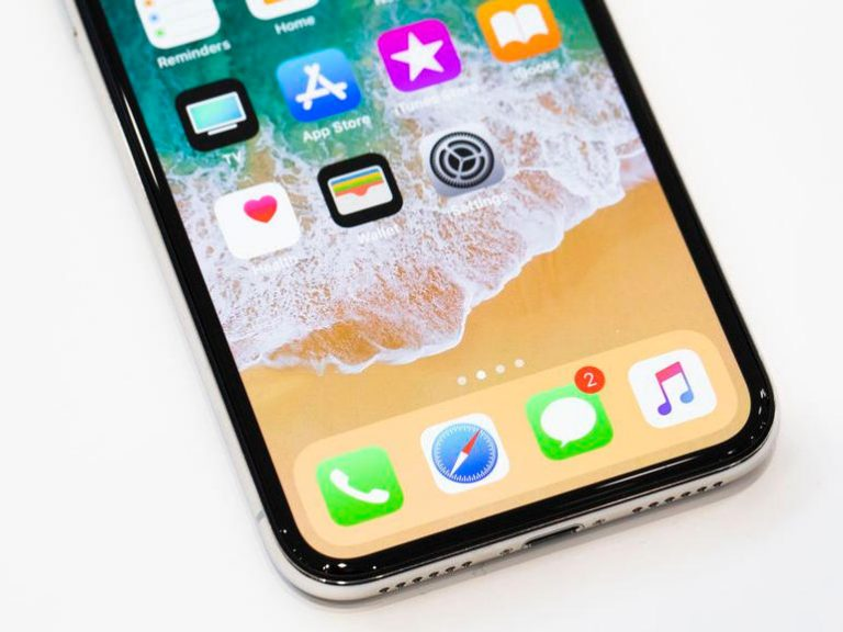Apple is fixing a bug that makes the iPhone X screen insensitive to cold