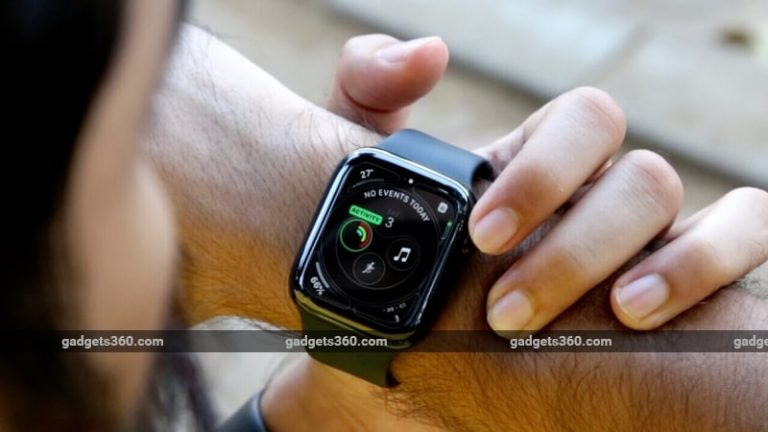 Apple is sued for the Apple Watch heart rate sensor