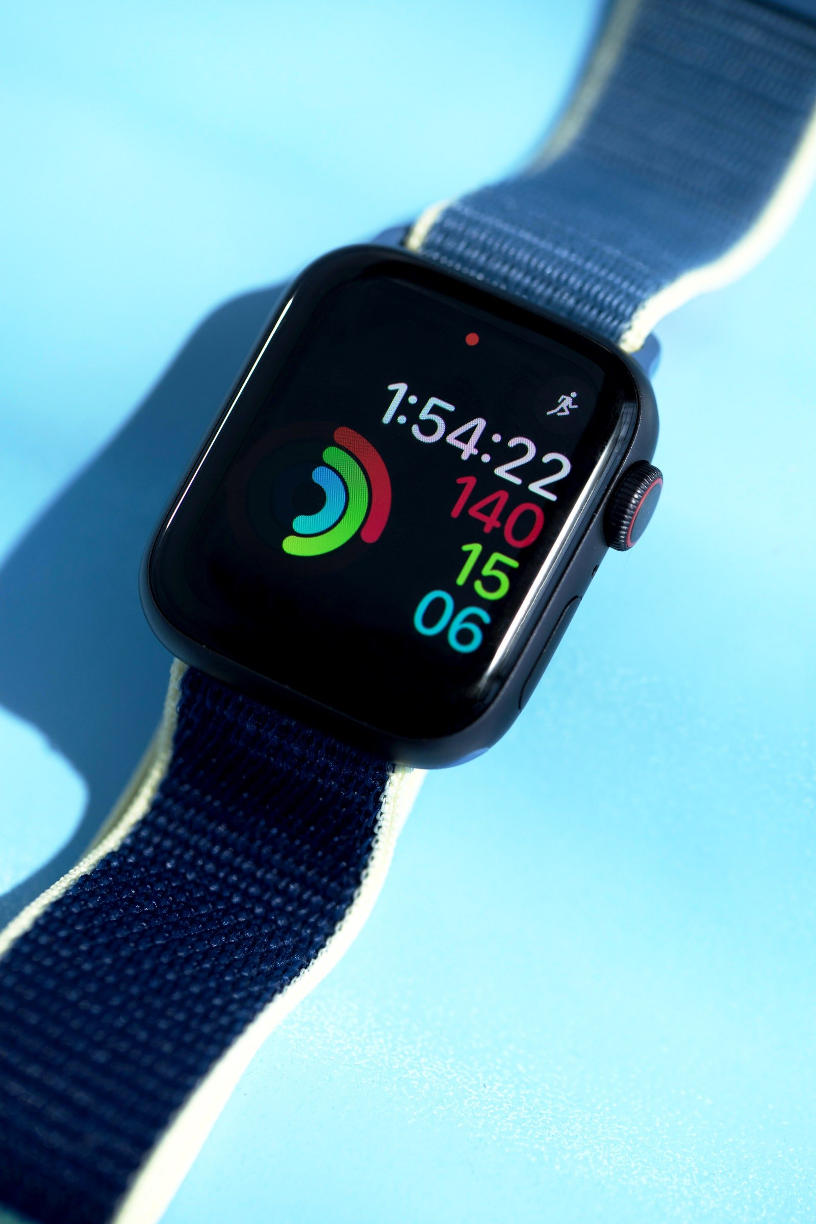 Apple is the largest seller of wearables thanks to the Apple Watch Series 3