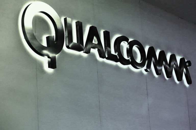 Apple loses key witness in its trial against Qualcomm