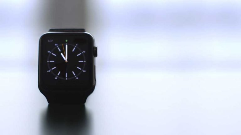 Apple publishes its design standards for third party straps
