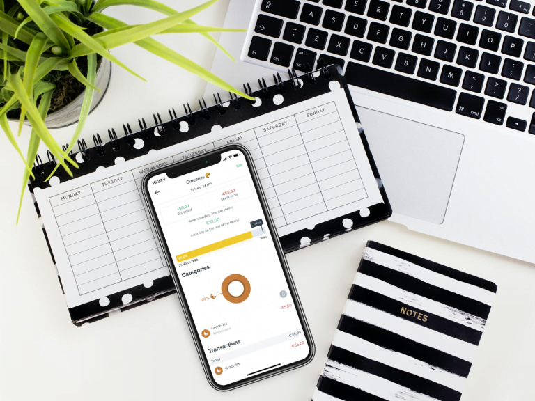 Control your expenses with Spendee
