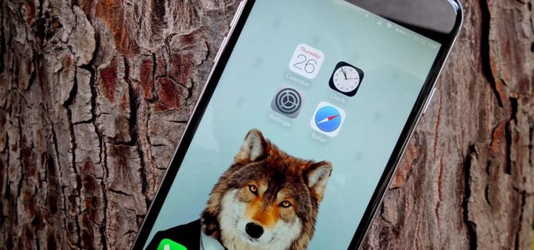 How to freely place icons on the iPhone screen