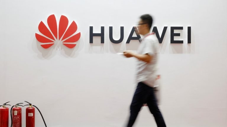 Huawei surpasses Apple as the second largest smartphone vendor