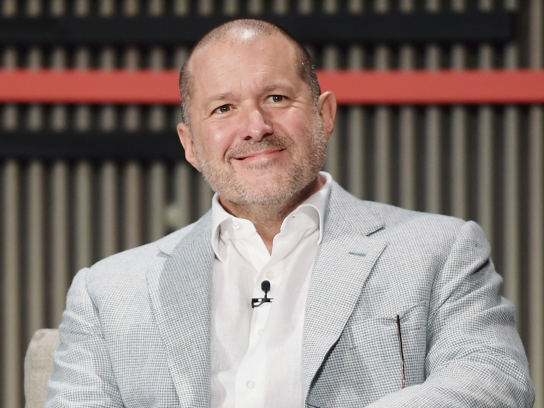 Jony Ive leaves Apple to start his own design company
