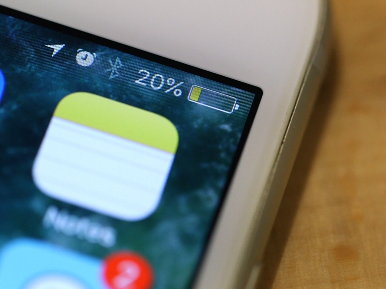 Look out! Your iPhone 7 screen can turn yellow at any time