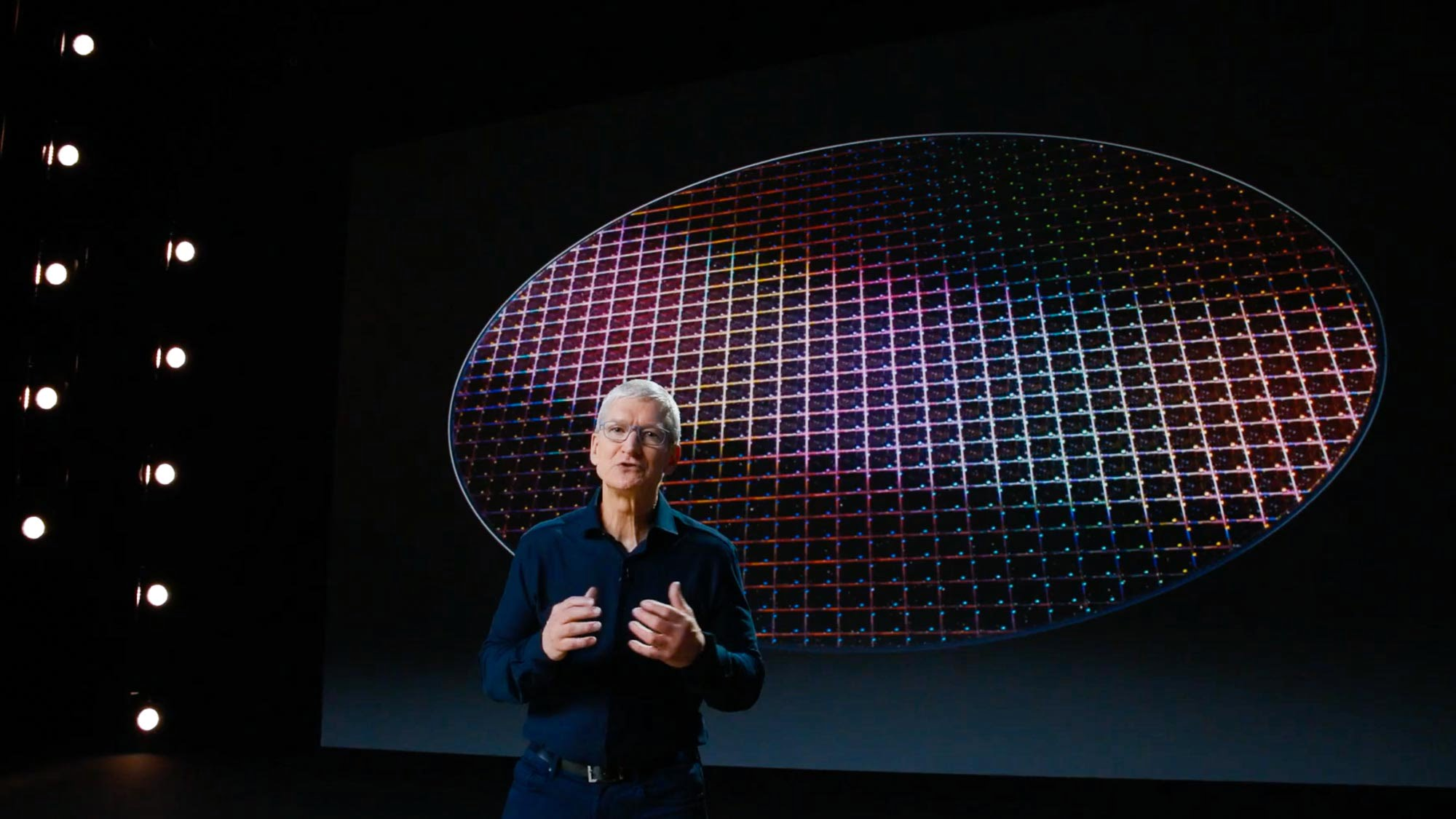 Microsoft gives a Surface Pro 4 to Tim Cook during a development forum