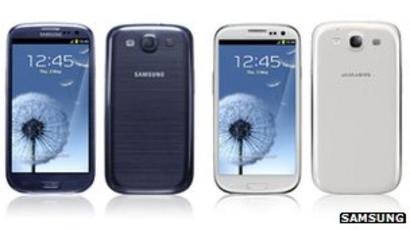 Samsung overtakes Nokia and Apple as the brand that sold the most mobiles in 2012