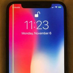 Some iPhone Xs are showing a green line on the screen