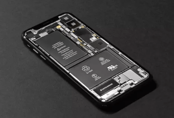 The 2020 iPhone 5G will not have Apple chips, but it will in 2022