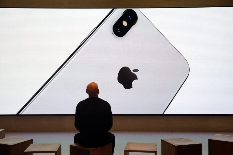 The iPhone X will be sold without reservations at the Apple Store this November 3rd