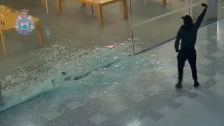 They steal an Apple Store and take $300,000 in iPhone