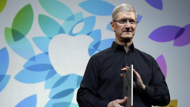 Tim Cook agrees to have Apple pay its taxes in the countries where it makes sales