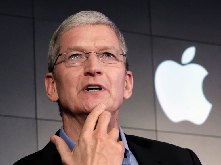 Tim Cook named CNN's CEO of the Year