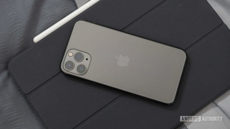 Various manufacturers of mobile cases would have revealed the name of the future iPhone