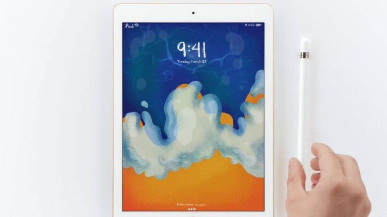 Which iPad is compatible with Apple Pencil