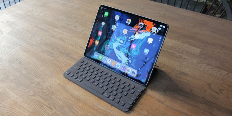 Will Apple force us to use the Smart Connector vertically on iPad Pro?