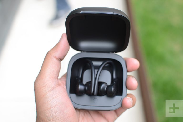 AirPods 2 vs Powerbeats Pro, which to buy?
