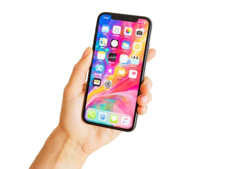 Apple could go to court for slowing down iPhones without informing users