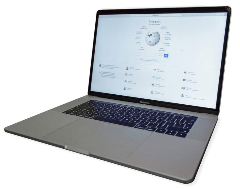 Apple introduces a new MacBook Air with a new keyboard