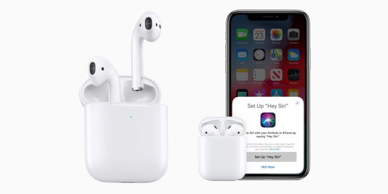 Apple Patents Headphones with Cables and Wireless