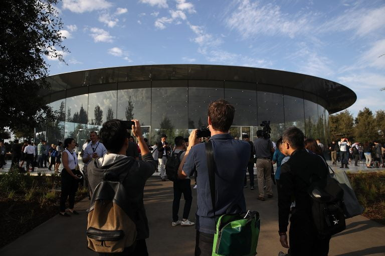 Apple recommends Apple Park employees work from home because of the coronavirus