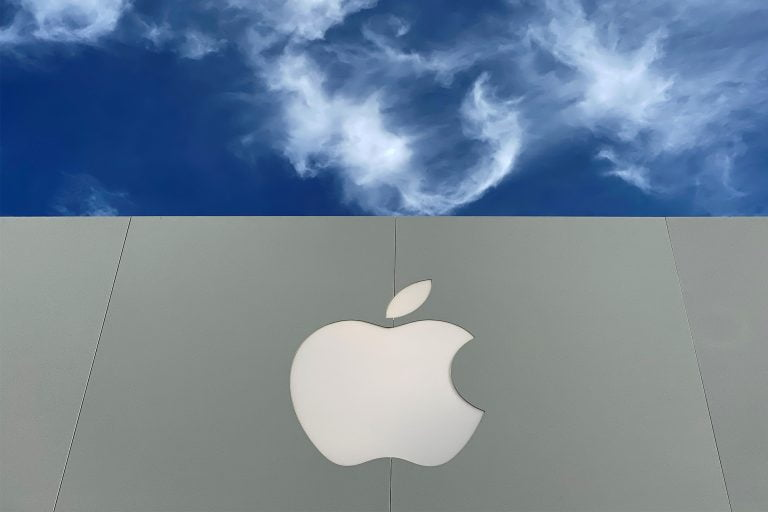 Apple will reopen over 100 Apple Stores in the US this week
