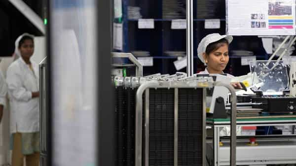 Foxconn Plans to Build New iPhone Factories in India