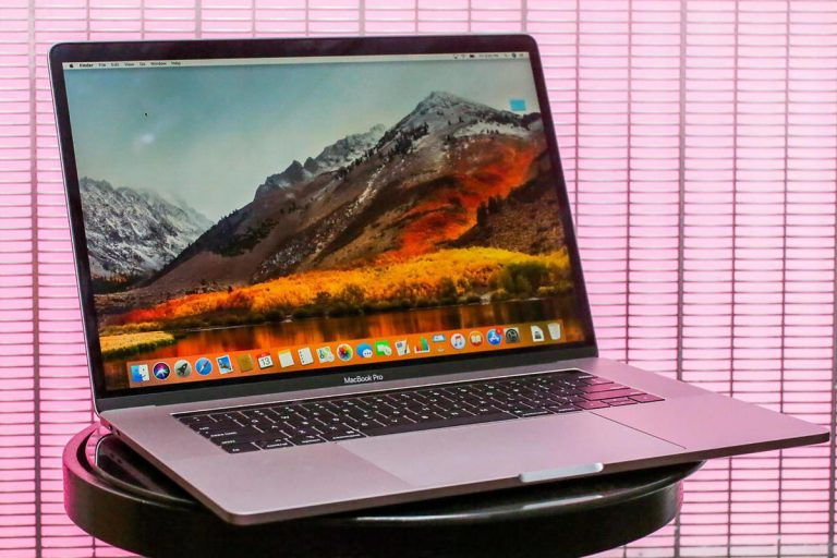 Goodbye to the little 12-inch MacBook, Apple stops selling it