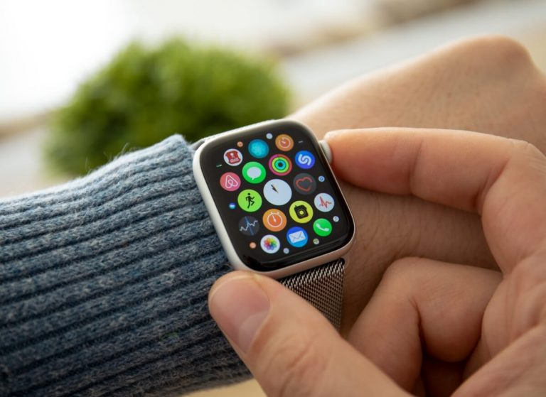 How the Apple Watch Works on Water
