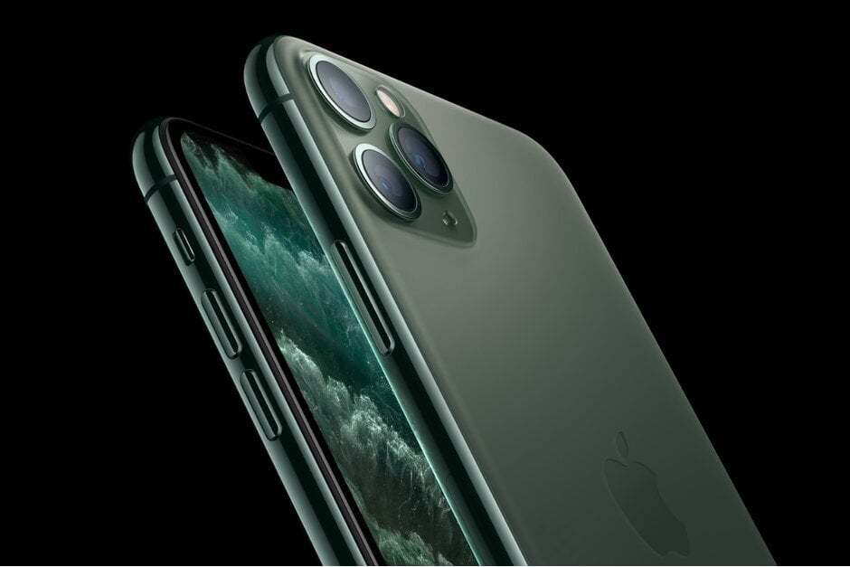 iPhone XS also has faster mobile data download speeds