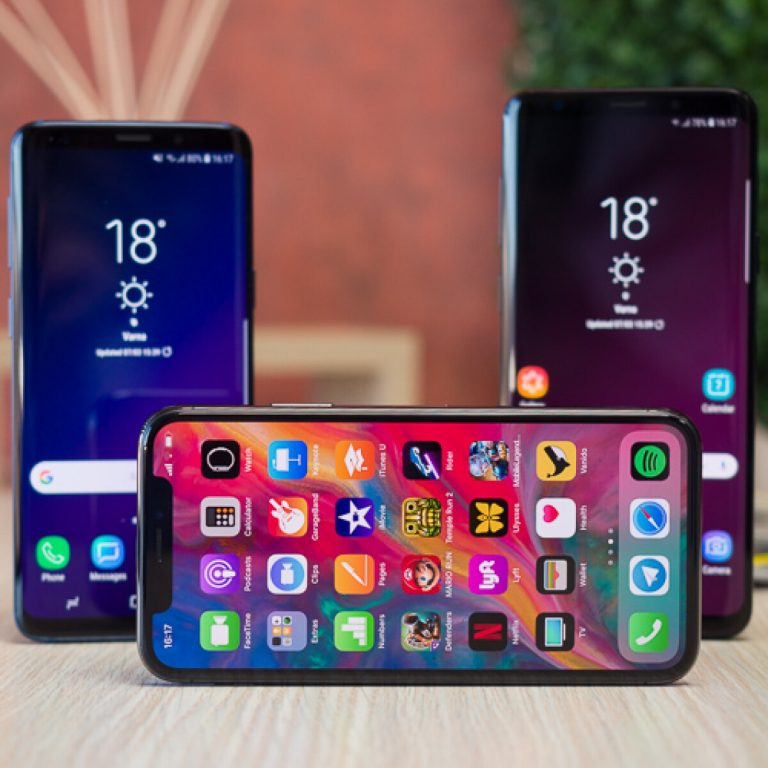 The Galaxy S9 will have 2 features that iPhone X does not