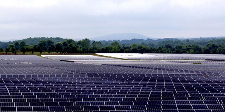100% of Apple facilities around the world are now running on clean energy