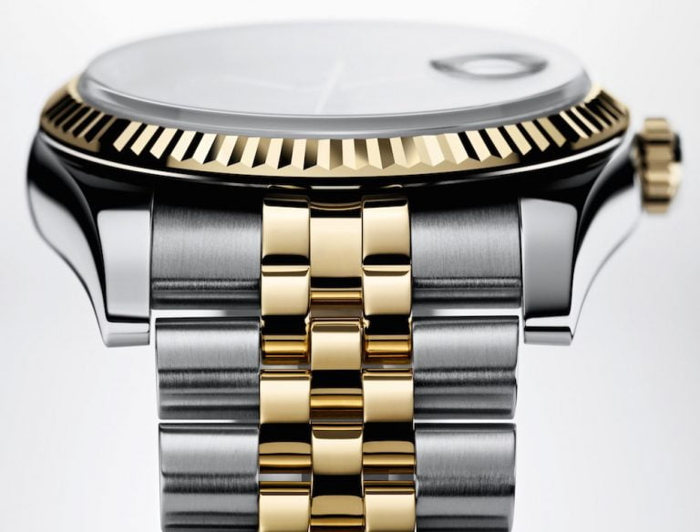 A new kind of gold for the Apple Watch Edition while platinum sounds for future models