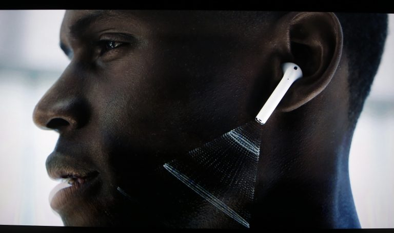 AirPods and their controversial design