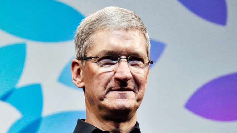 Apple overtakes Google to become the world's most valuable company