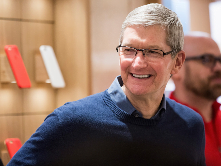 Apple plans to open 25 stores… in China alone!