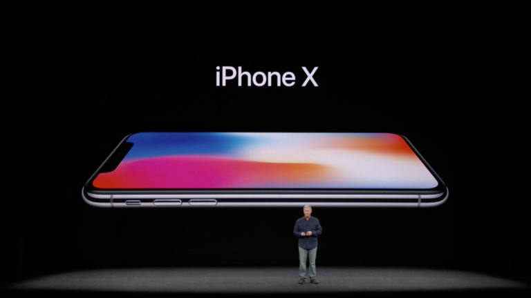 Apple releases a new ad, demonstrating the possibilities of Apple Pay with iPhone X Face ID