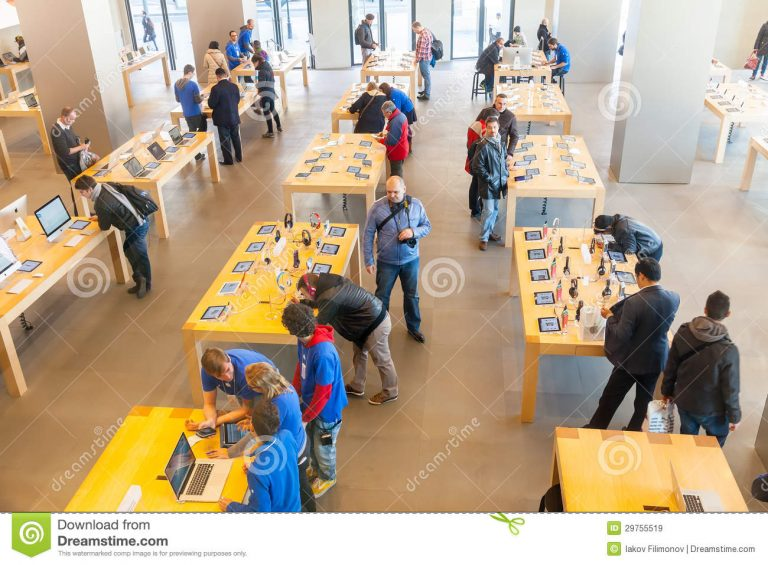 Apple Spain event, presentation of new products