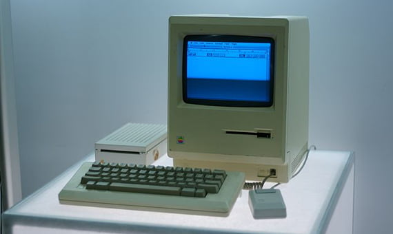 controlling the proportion of Macs and PCs since 1984