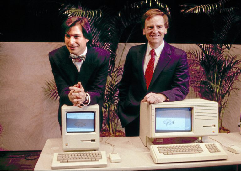 Curious facts in (computer) history, or how Steve Jobs tried to save HP