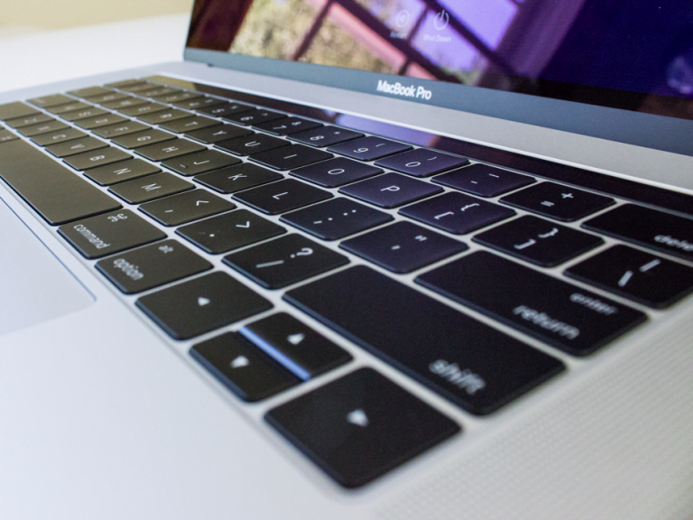 Eight accessories to get the most out of the 16″ MacBook Pro, Apple's most powerful laptop