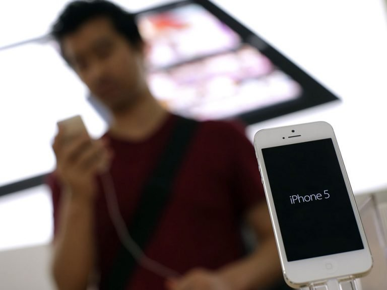 Gene Munster Believes There Will Be a Low-Cost iPhone