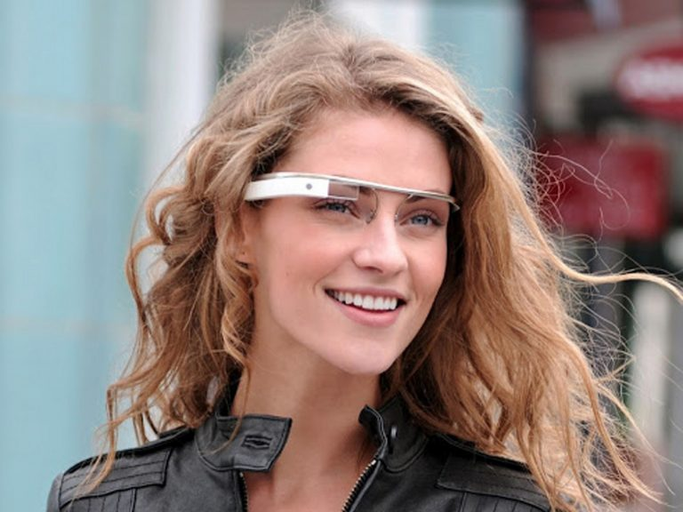 Google Glass will be compatible with iPhone