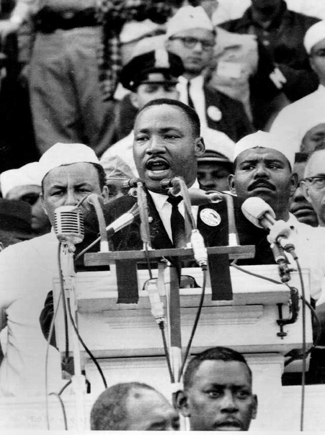 """""""I Have a Dream"""", Apple pays tribute to Martin Luther King"""