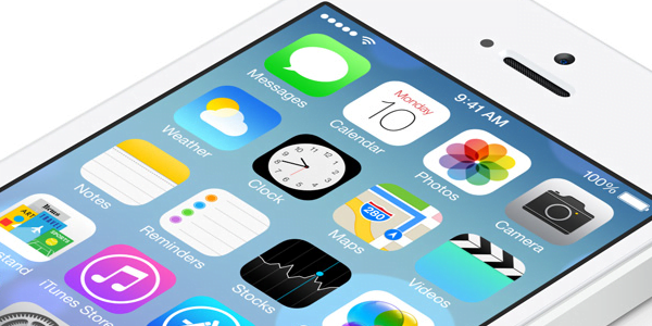 iOS 7.0.2 Now Available for All Compatible iPads and iPhones