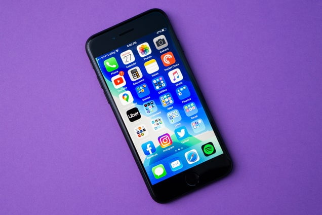 iOS 8 and Android L Face to Face in a Video