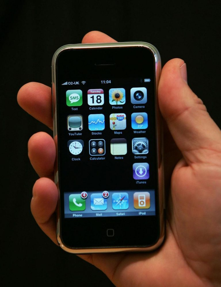iPhone OS 4 on an iPhone 3G: First Impressions