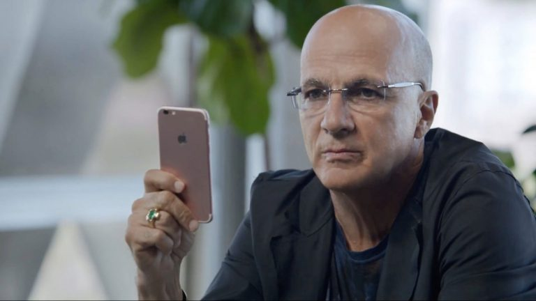 Jimmy Iovine, a key figure in Apple Music, could leave Apple in August according to various sources