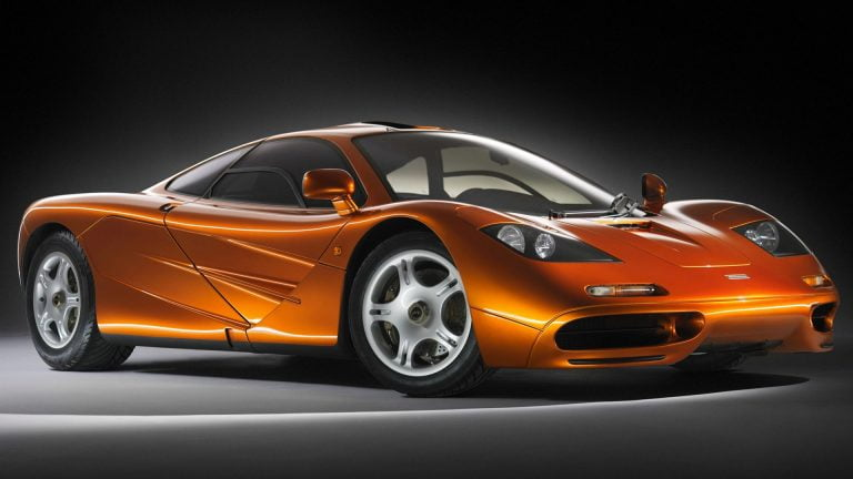 McLaren denies possible negotiations with Apple
